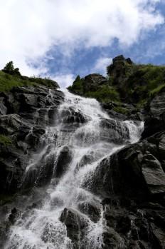 Fagarašo kalnų krioklys