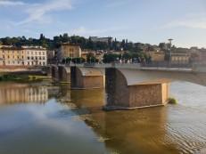 Arno upė, tiltas