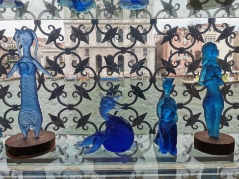 Pro Peggy Guggenheim muziejaus langą