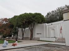 Giardini sodai su šalių paviljonais