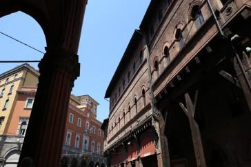 Bolonijos senoji architektūra