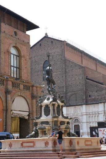 Neptūno fontanas ir San Petronio bazilika
