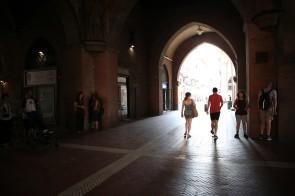 Palazzo del Podestà - kalbantys kampai