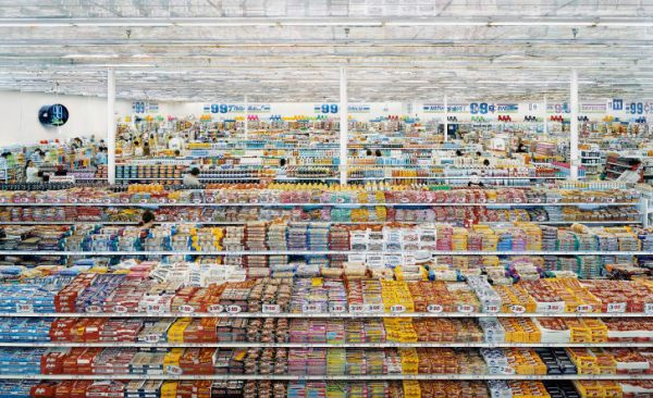 Andreas Gursky, 99 cent II, 1999 – 2009.